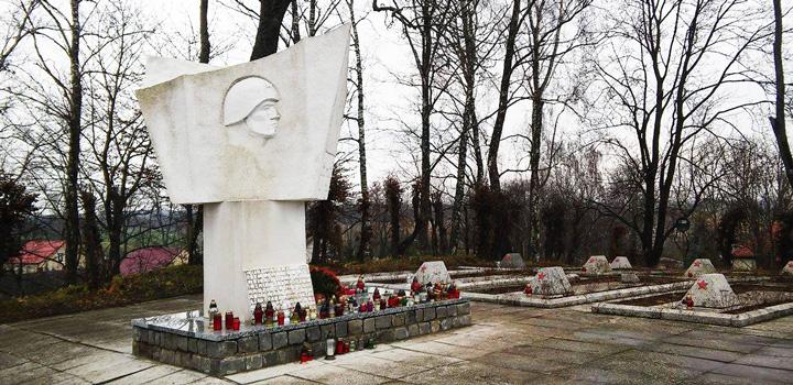 2016-11-28-varshava-memorial-722